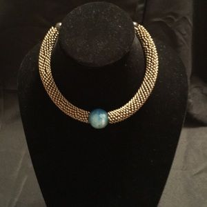 Jewelry - Vintage necklace with blue stone